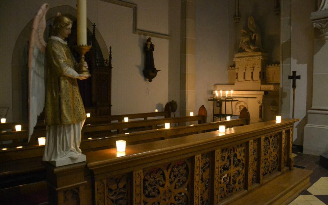 Rorateandacht im Kerzenschein in Capelle – Komm, wir haben seinen Stern gesehen – Cap
